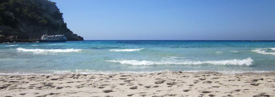 Wellen und Strand